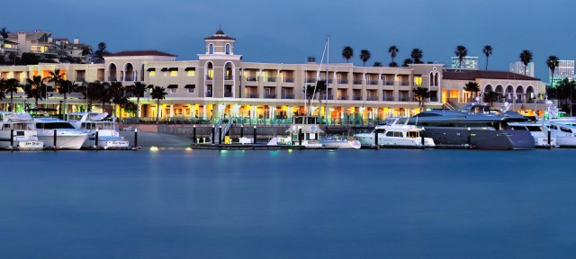 Balboa Bay Club and Resort Best Hotels in Los Angeles Best Hotels in Los Angeles Balboa Bay Club and Resort 640x288