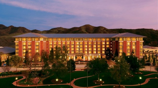 Four Seasons Hotel Westlake Village Best Hotels in Los Angeles Best Hotels in Los Angeles Four Seasons Hotel Westlake Village1 640x359
