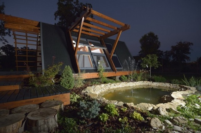 Off the grid homes off the grid home 10 Most Beautiful Off The Grid Homes 10 most beautiful off the grid homes19 640x425