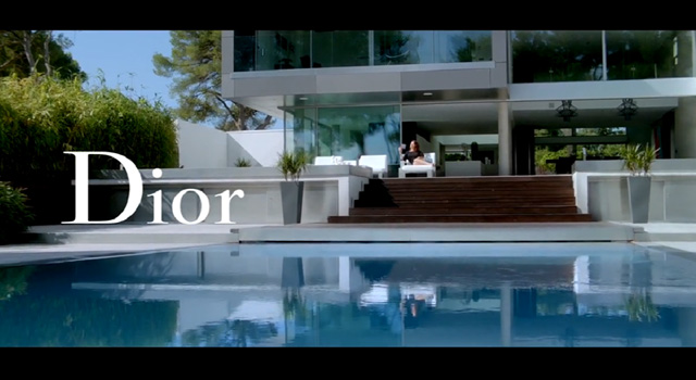 Snapshot in LA, house and swimming pool