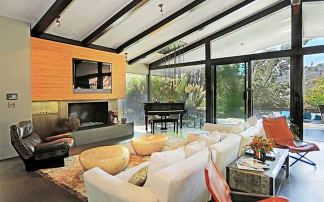 Open Space Living room 2 John Legend Los Angeles Home is for Sale John Legend Los Angeles Home is for Sale Open Space Living room 2