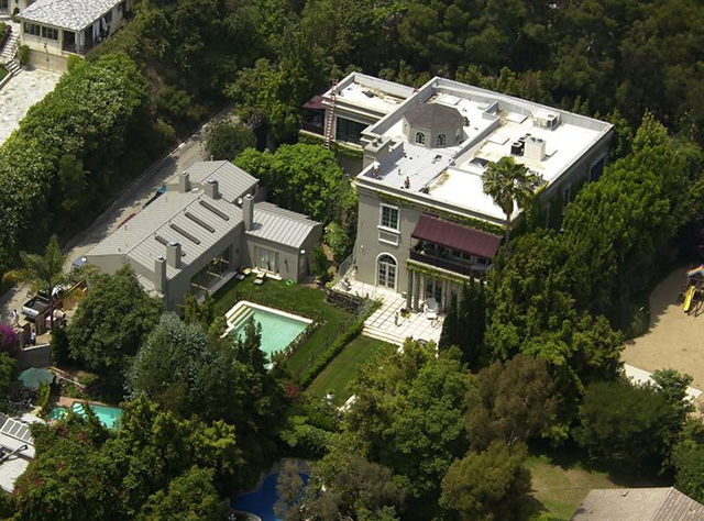 25. Sharon Stone (Beverly Hills) celebrity homes The 50 most stunning celebrity homes in Los Angeles 25