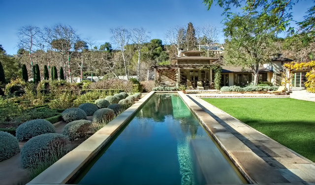 Trophy Homes in Bel Air