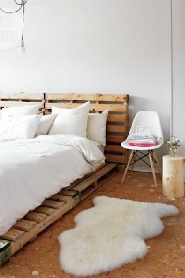 15-scandinavian-design-bedrooms-that-will-blow-you-away-bed-frame-pallets Must see Scandinavian design bedrooms Must see Scandinavian design bedrooms 15 scandinavian design bedrooms that will blow you away bed frame pallets