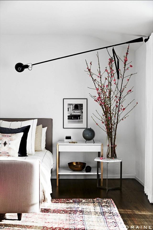 Modern-Brass-BedsideTable Top 20 modern design nightstands for a luxury bedroom Top 20 modern design nightstands for a luxury bedroom Modern Brass BedsideTable