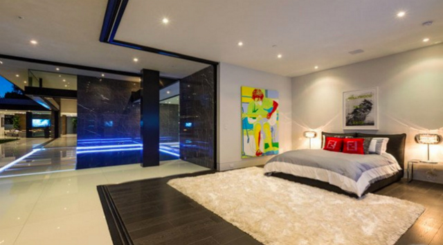 Movoto most luxury home in los angeles los angeles homes for Luxury bedrooms instagram