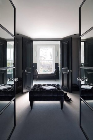 top-15-modern-closets-for-luxury-homes(8) luxury homes Top 15 Modern Closets for Luxury Homes top 15 modern closets for luxury homes8