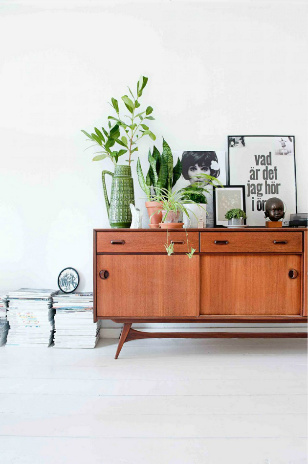 Get Inspired by These Mid Century Modern Buffets and Cabinets4