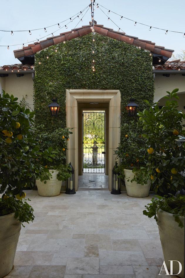 Kardashians dream home in california los angeles homes for California dream house