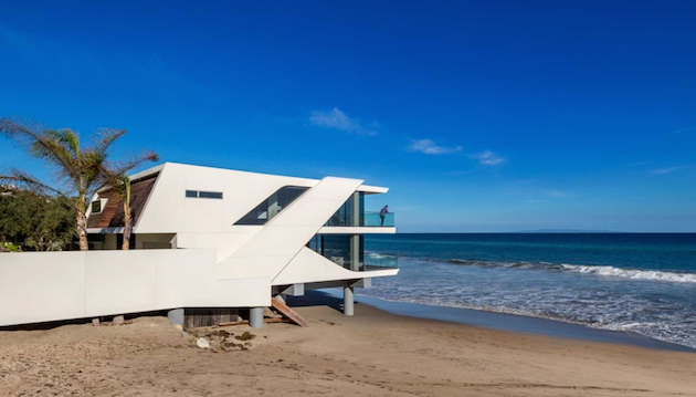 Wave house in Malibu Wave house in Malibu Captura de ecra   2016 04 5 a  s 14