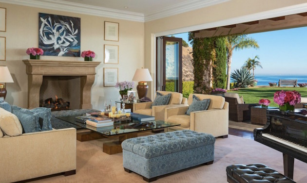 Gigi Hadid's Parents Selling Malibu Mansion1