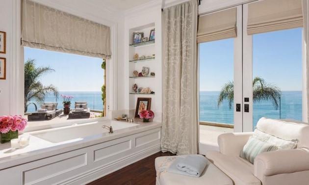 Gigi Hadid's Parents Selling Malibu Mansion3