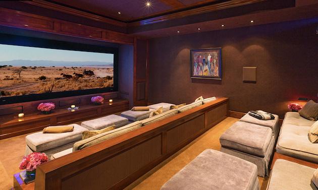 Gigi Hadid's Parents Selling Malibu Mansion5