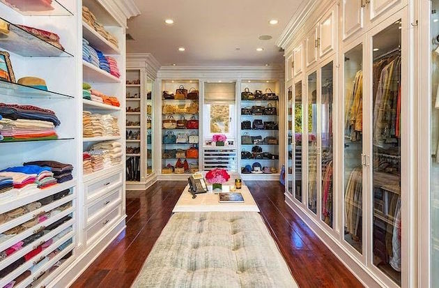 Gigi Hadid's Parents Selling Malibu Mansion7