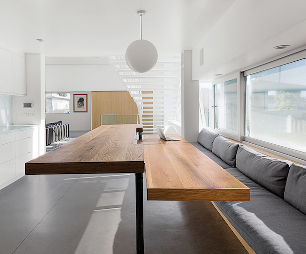 A minimalist duplex in venice for Minimalist house los angeles