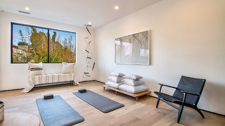 IXA 17 Stunning Interior Design Ideas To Take From IXA IXA A New Showroom Concept That Will Give Your Major Decorating Ideas 12