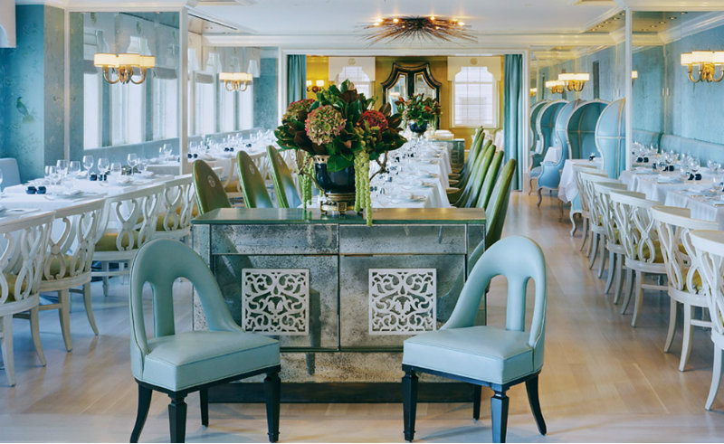 Kelly Wearstler kelly wearstler Most Iconic Designs by Kelly Wearstler coveted Top Interior Designers Kelly Wearstler BERGDORF GOODMAN RESTAURANT1