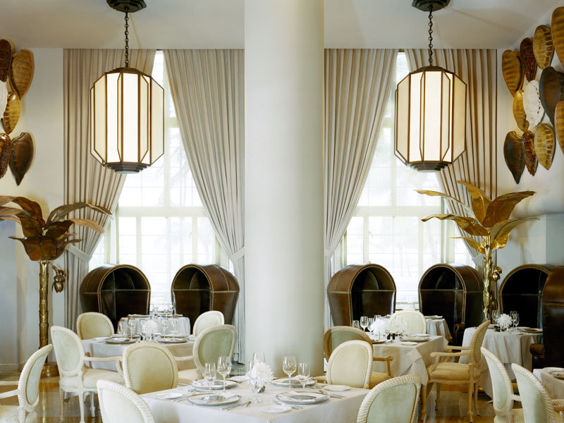 kelly wearstler Most Iconic Designs by Kelly Wearstler coveted Top Interior Designers Kelly Wearstler restaurant1