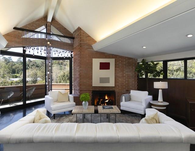 Frank Lloyd Wright's Amazing Newman Residence Is For Sale lloyd wright Frank Lloyd Wright's Amazing Newman Residence Is For Sale 14148WSunset 21