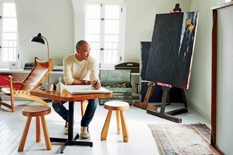 Discover The Most Incredible Top 20 Interior Designers From L.A. top 20 interior designers Discover The Most Incredible Top 20 Interior Designers From L.A. casual aesthete cliff fong portrait 1100x733 e1560873045422